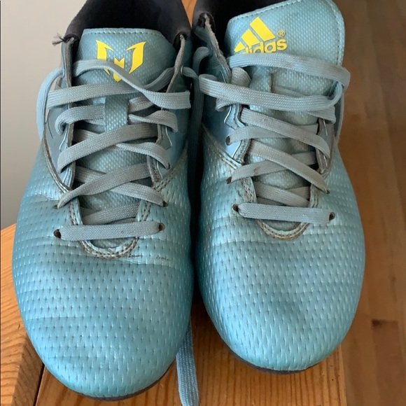 baby blue adidas soccer cleats